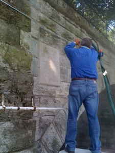 Aggregate Cleaning - Cleaning An Old Concrete Bridge